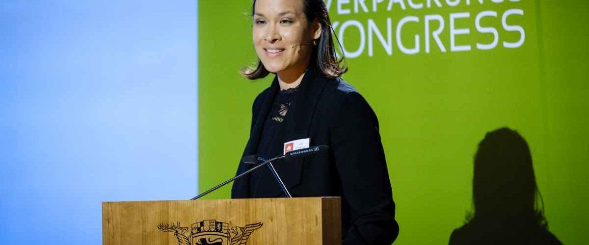 Kim Cheng, Geschäftsführerin des dvi (Foto: dvi)