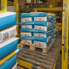 Automatisierung der Lagerlogistik dank Kennzeichnungstechnik. Fotos: Bluhm Systeme GmbH